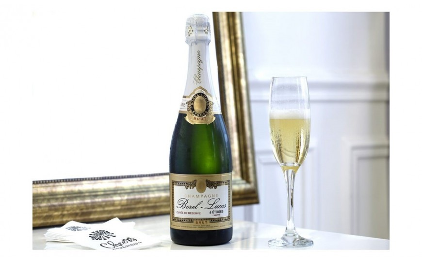 L'histoire d'amour de Cheers et du champagne Borel-Lucas